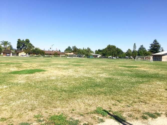 se95120_field_practice_soccer_1.2