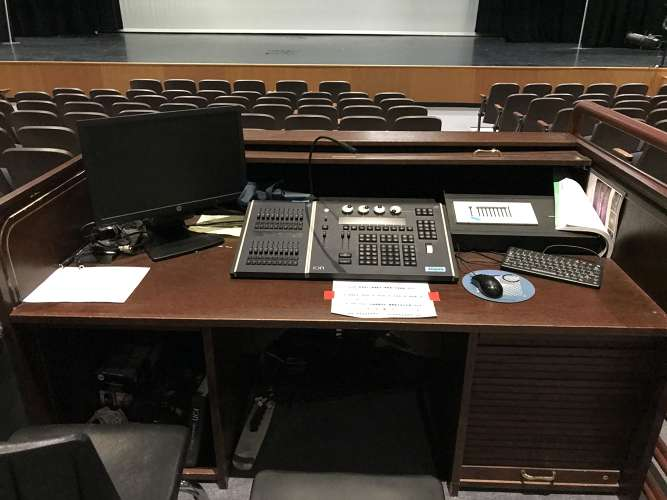 bhs85249_theater_1.3