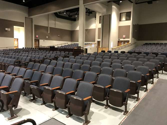 bhs85249_theater_1.4