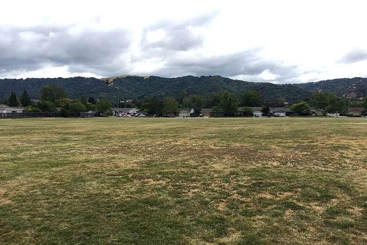 thdes94588_field_practicefield2_1.1