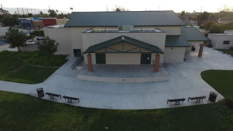 saes95116_outdoor_ampitheater_1.1
