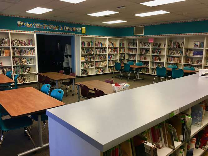 spes95035_Library_2