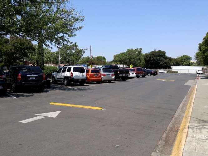fes94533_outdoor_parkinglot_1.1