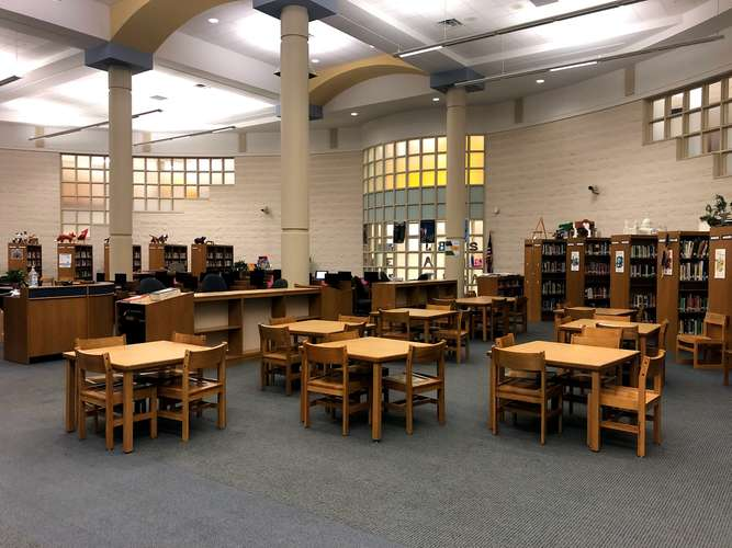 bshs40505_Library_1