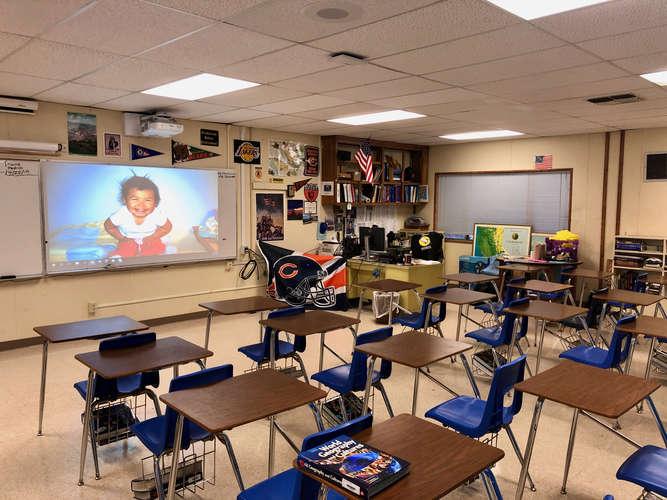 fhs93010_Classroom Standard_1