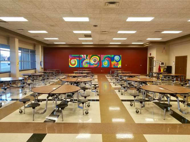 tps73072_Cafeteria_2