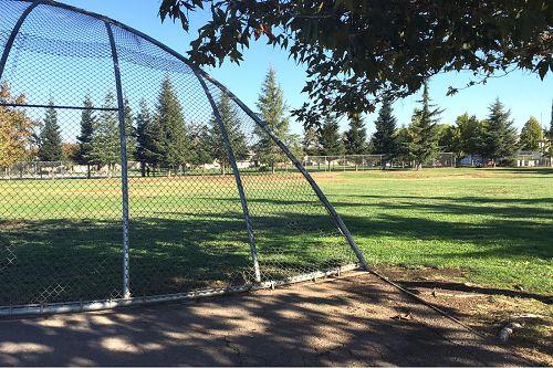 gwbes95212_softball_field_1