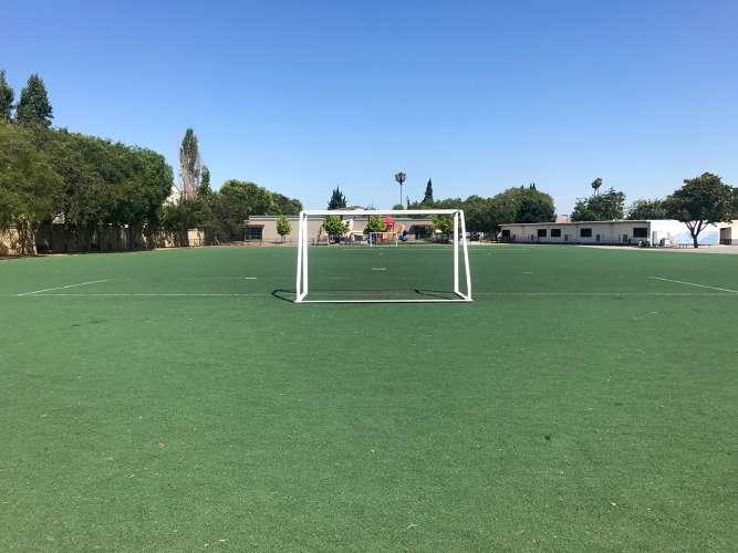 ade95133_field_field-soccer_1.2