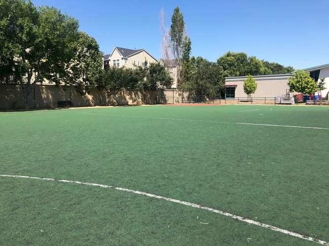 ade95133_field_field-soccer_1.4