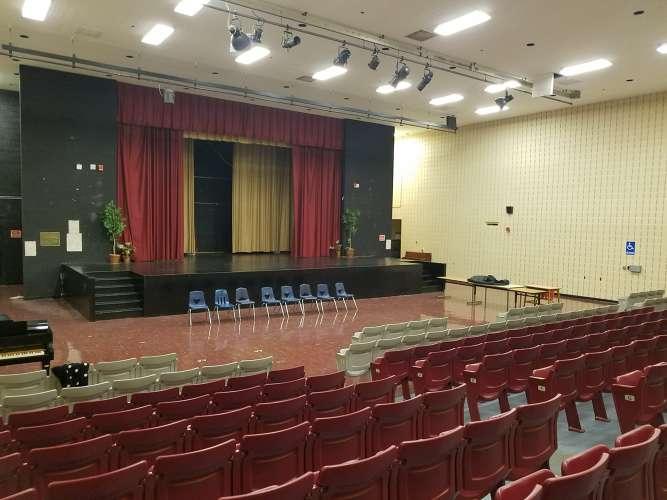 crah38128_Auditorium_1