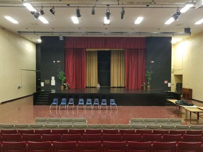crah38128_Auditorium_3