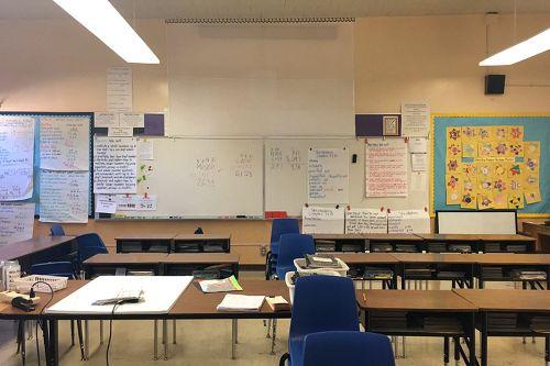 hves95204_classroom_2