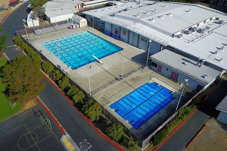fhs94533_outdoor_pool1.2