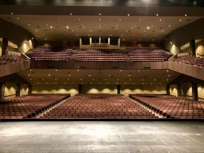 shs72764_Auditorium_1