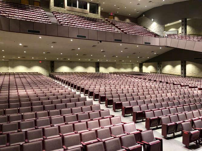 shs72764_Auditorium_3