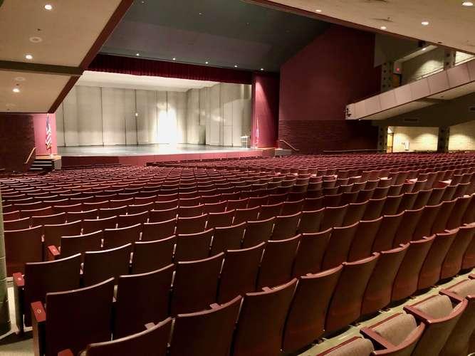 shs72764_Auditorium_6