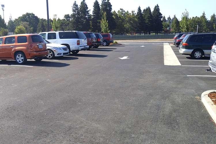lces94533_outdoor_parkinglot1.2