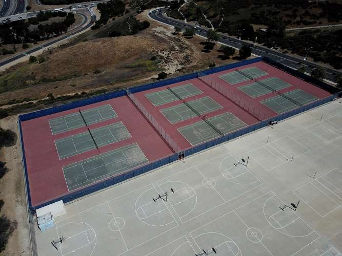 drhs91766_outdoor_tennisCourts_1.2