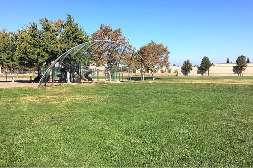 rces95210_field_baseball_1