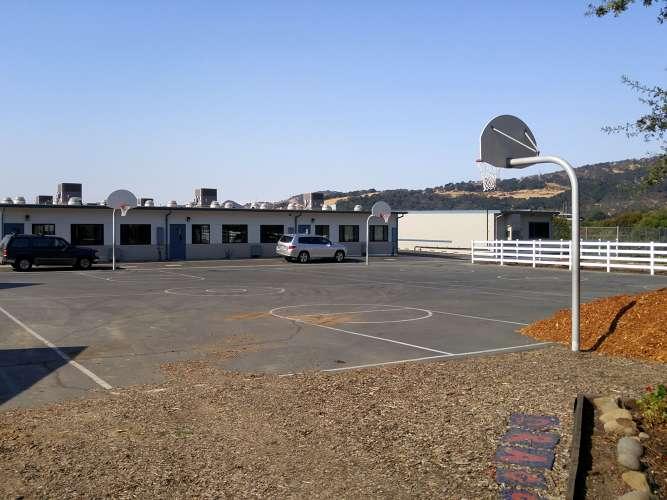svs94534_outdoor_basketball_1.2