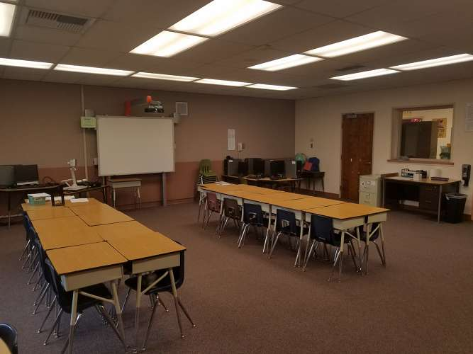 ph93021_Classroom Standard_2