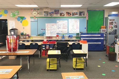 ces95765_classroom 1