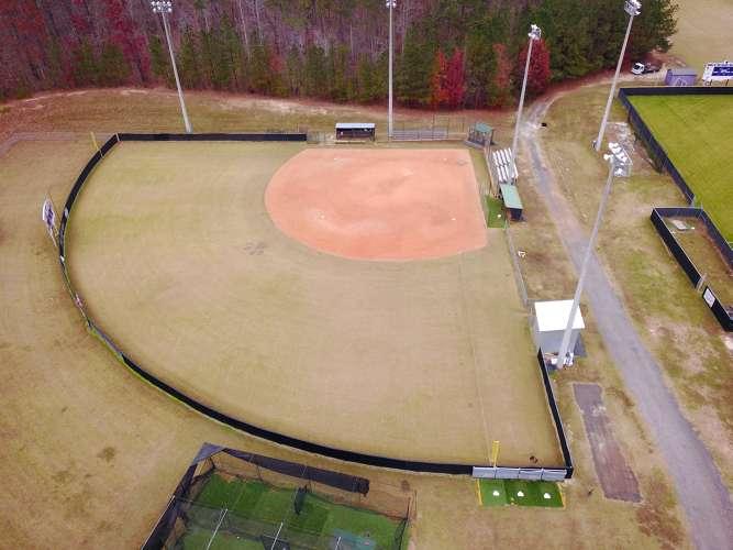 chhs30135_field_softball_1.1