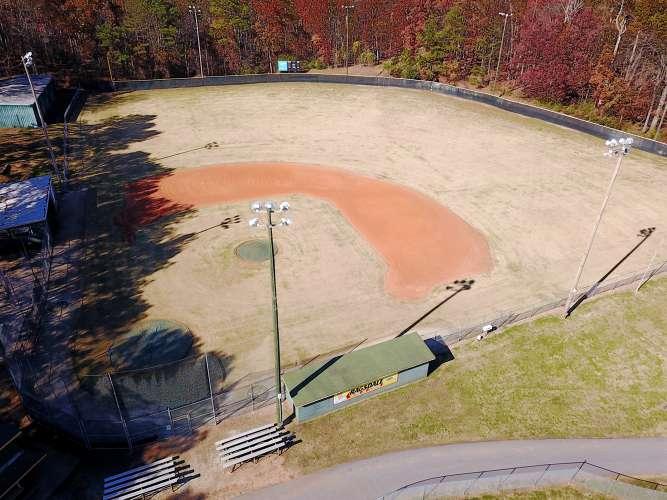 lshs30122_field_softball_1.3