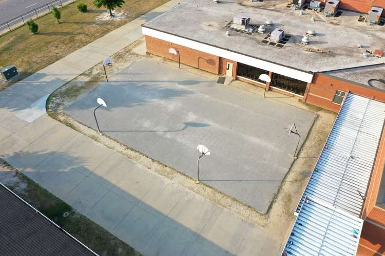 dms29206_Outdoor Basketball Courts_2