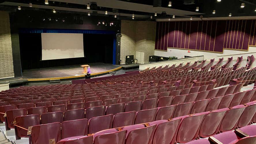 rhs27712_Auditorium_1