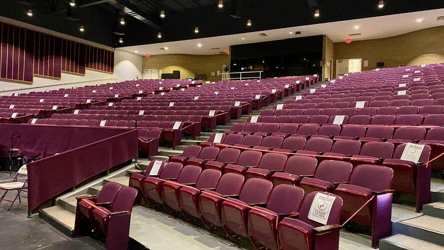 rhs27712_Auditorium_2