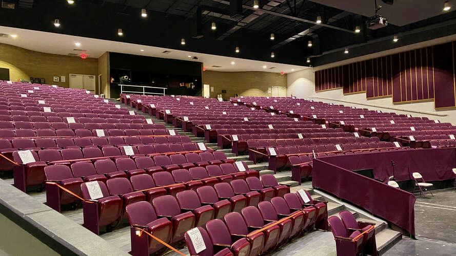 rhs27712_Auditorium_3