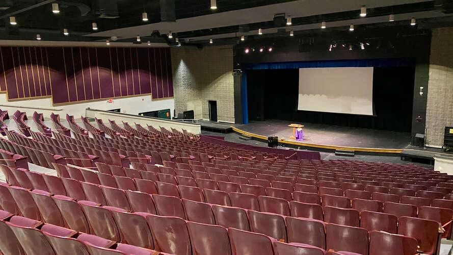 rhs27712_Auditorium_4
