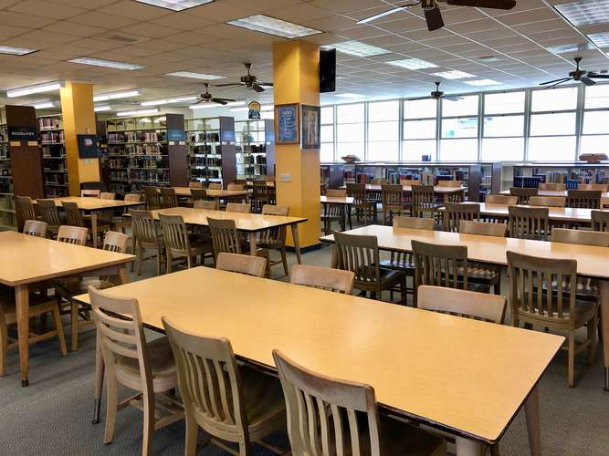 achs93012_Library_1