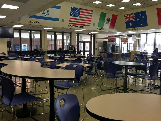 rnhs29223_Cafeteria_2