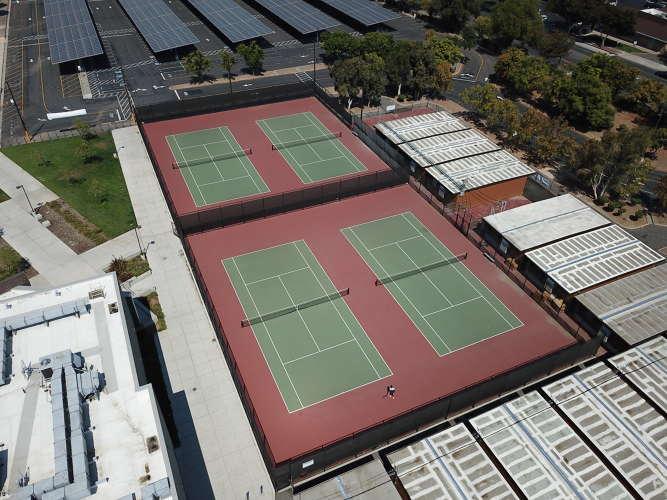 bhs95118_tennisnew1.1