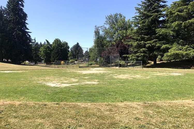 wvmes97124_field_baseball1.3