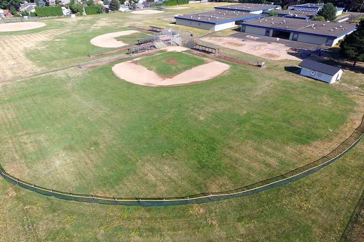 laes9712_field_baseball1.2