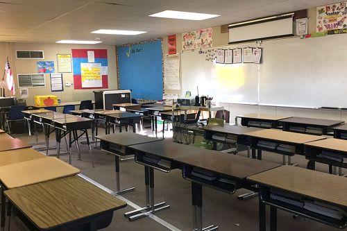 jaes95207_classroom_1