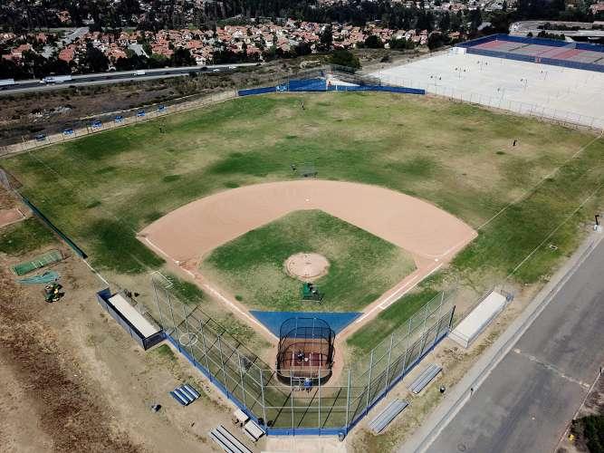 drhs91766_field_baseballVarsity_1.1