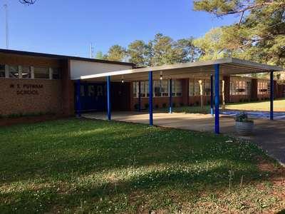 W.E. Putnam Middle School