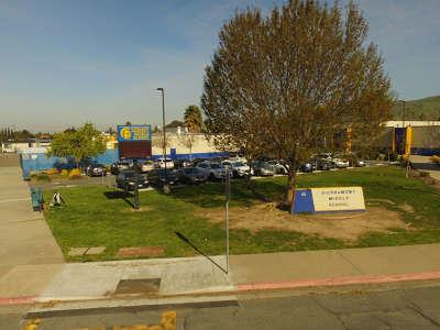 Sierramont Middle School