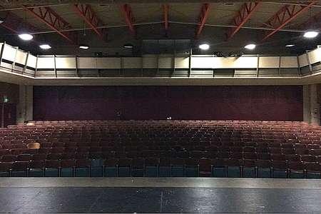 Auditorium/Theater