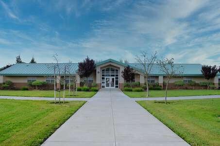 Canyon Oaks Elementary School