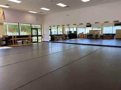Dance Studio (Room 2-136)