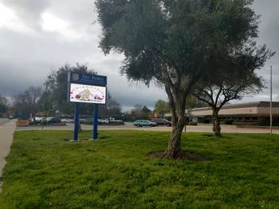 Del Roble Elementary School