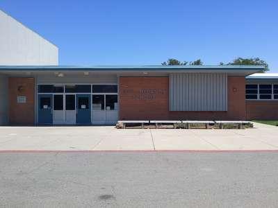 Los Medanos Elementary School