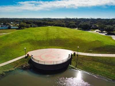 Club Sienna – Amphitheater
