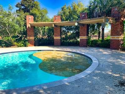 Resort Pool – Pool Party 2 (Sun Deck)