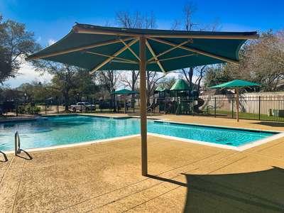 Steep Bank Pool – Pool Party (Shade)